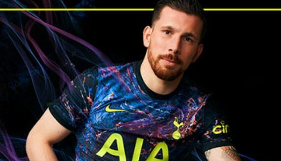 Tottenhams bortatröjor presenterade
